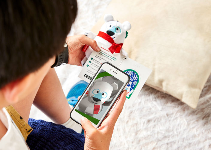 3D Augmented reality brings loved plush animal to life